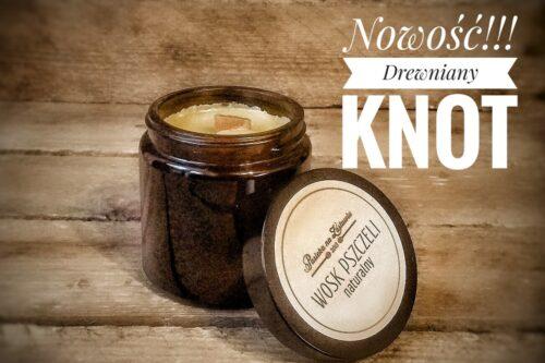 świeca z drewnianym knotem z wosku pszczelego